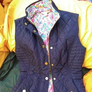 Lilly Pulitzer quilted blake vest Palm Reader prin